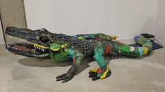 Bordalo II_0915 galerie Mathgoth Paris 13 (meuh1246) Tags: streetart paris animaux bordaloii galeriemathgoth paris13 crocodile accorddeparis