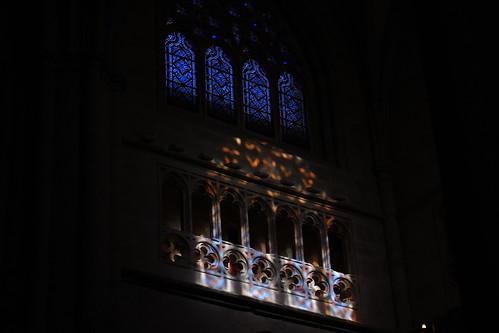 20100603 355 Jakobus Bilbao Kathedrale Säulen Bögen Lichtspiel Fenster