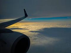 Over Canada - Landing at Ottawa Int. Airport (lezumbalaberenjena) Tags: airport air airplane flight flying plane avión avion snow nieve winter invierno hiver hiber hielo white blanca blanc blanche