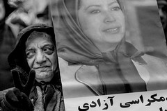a sign of freedom (Gerrit-Jan Visser) Tags: iran protest damsquare peace streetphotography demonstration