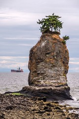Slhx̱í7lsh - The Unpronouceable Rock (MIKOFOX ⌘ The Purge IS Wrong!) Tags: canada ship inlet showyourexif xt2 water tanker ocean vancouver learnfromexif july freighter provia fujifilmxt2 mikofox summer britishcolumbia xf18135mmf3556rlmoiswr