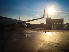 Sunset at the Airport (Martin Bärtges) Tags: airport flughafen cologne köln germany iphone sun sunset sunshine sonne sonnenschein sonnenuntergang drausen outside outdoors colorful farbenfroh deutschland