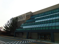 Macy's (Danbury Fair, Danbury, Connecticut) (jjbers) Tags: danbury fair connecticut mall macys department store