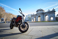Monster Alcalá (santicabrero) Tags: moto bike monumento monument madrid españa spain ducati monster796 ciudad city largaexposicióm longexposure puertadealcalá sony sonyalpha sonya6000