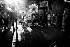 chiều tà  hè phố (1-2-3 cheese) Tags: bw streetphotography streetshot vietnamese fujixt1 đườngphố cơm tấm hè phố shadow pepsi vietnammobile