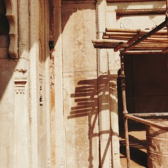 Īśāna. (Gattam Pattam) Tags: shadow sun wall architecture gwalior india tourism heritage conservation abstract sandstone palace courtyard carving bamboo pattern smartcity