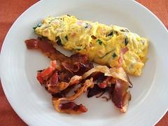 Bacon and Eggs (knightbefore_99) Tags: mexico mexican oaxaca food tasty best huatulco tangolunda art seaside grill breakfast desayuno egg bacon tocino huevos omelet