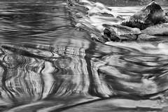 Fließendes Wasser / flowing water (ludwigrudolf232) Tags: wasser einfarbig fluss langzeitbelichtung