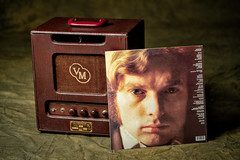 _DSC9298 Voice Of Music Side B (Charles Bonham) Tags: vanmorrison moondance voiceofmusic guitaramp record lp amplifier tubeamp 1970 charlesbonhamphotography sonya7rll sonyfe2890mmmacrogoss music blues jazz soul caldoniasoul vintage vintageamplifier