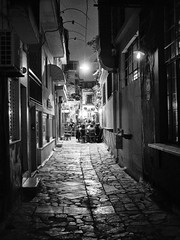 street at night, athens (Al Fed) Tags: 20181111 athen athens greece street night crowd café