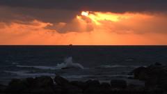 Закат (unicorn7unicorn) Tags: закат море лучи корабль волны облака 365the2019edition 3652019 day65365 06mar19 wah israel ישראל