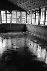 Tea factory #4 (frederic.conte) Tags: kolukkumalai tea estate kerala tamil nadu ghats india inde plantation light lumière factory nb bw noiretblanc blackandwhite window fenêtre floor sol fermentation room