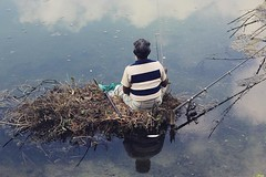 IMG_0533 (M Azharul Islam) Tags: canoneos70d 50mmf18 canon 50prime westbangal fisherman winter travelphotography travel dinajpur street bangladesh oldman portrait fishing fishinglife river reflection