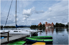 229-CASTILLO EN LA  ISLA DE TRAKAI EN LITUANIA- (--MARCO POLO--) Tags: castillos edificios arquitectura rincones islas curiosidades hdr barcos lagos