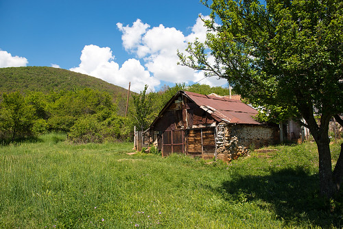 Old barn ©  Andrey