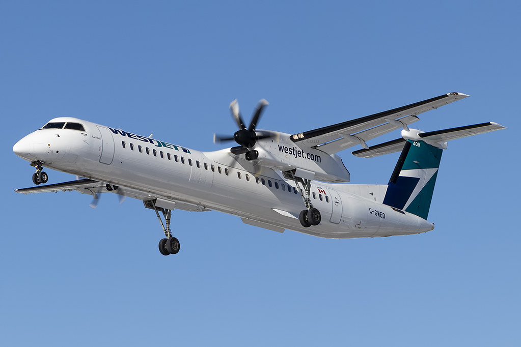 The World's newest photos of plane and q400 - Flickr Hive Mind