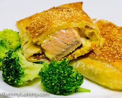 Oven-baked two-mustard flavoured cheesy salmon pastry parcel. (garydlum) Tags: broccoli cheese cooncheese dijonmustard puffpastry salmon sesameseeds wholegrainmustard canberra australiancapitalterritory australia au