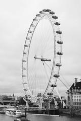 London Eye (just.Luc) Tags: londoneye reuzenrad ferriswheel granderoue riesenrad rond round cirkel cercle circle kreis metal metaal london londen royaumeuni verenigdkoninkrijk unitedkingdom grootbrittanië grandebretagne greatbritain europa europe