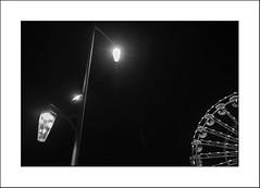 Joyeux Noël à tous mes amis Flickr ! (Panafloma) Tags: 2018 arras architecturebatimentsmonuments artois bandw bw catégorieprojet détailsarchitecturaux famille granderoue géographie hautsdefrance nadine nadinebauduin natureetpaysages pasdecalais personnes sportsetloisirs techniquephoto végétaux blackandwhite fêteforaine lampadaire monochrome noiretblanc noiretblancfrance province streetphoto france fr