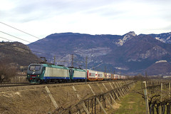 E412.016 + E412.0xx MIR - Volano (TN) (Gualtiero Palermo) Tags: e412 mir brennero brennerbahn mars logistics verona qe volano trento ferrovia italian reilways 016 castel beseno