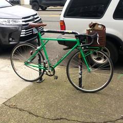 Errands (Tysasi) Tags: ighprojectbike bespokefopchariot 700c randonneuse randonneur bike shopping bagels