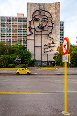 Plaza de la Revolución (LuisJouJR) Tags: dron lahabana coche cheguevara havanacubacaribbeancaribeamericalatinoamerica carauto drone plazadelarevolución havana cuba cu