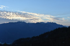 Sunset In The Mountains - 5 (Average Photographer 1992) Tags: landscapephotography landscapes landscape nikon nikonphotography nikonphotographer nikonuser nikonphoto nikond7200 nature naturephotography mountain mountains squamish seatoskygondola britishcolumbia britishcolumbiacanada canada tree trees august august2018 earth mountainrange mountainranges mountainscape scapes summer summer2018 vacation photography thechief skypilot sunset sunsets sunsetphotography