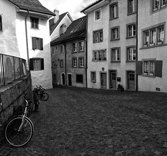 Olten Altstadt (Swissrock-II) Tags: olten altstadt kantonsolothurn blackwhite bw switzerland mobile city 2019 march