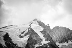 Grossglockner mit Erzherzog-Johann-Hütte, Heiligenblut, Austria (HouseBerg.at) Tags: climbing trekking wandern bergsteigen hiking austria grossglockner nationalpark hohe tauern housebergat