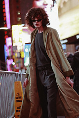 Nicolas (TheJennire) Tags: photography fotografia foto photo canon camera camara colours colores cores light luz young tumblr indie teen adolescentcontent fashion coat ootd outfit winter nyc newyork ny unitedstates usa eua 2018 curlyhair malemodel model people portrait citylights night timessquare