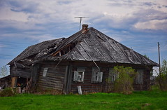 0307 (deni.spiri) Tags: abandoned russia decay abandonedplaces lost lostplaces forggoten urbex nature oldhouse kostroma 4x4 offroad adventures trip journey