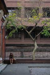 華山1914文化創意產業園區 Huashan 1914 Creative Park (W!nG 7) Tags: 華山1914文化創意產業園區 huashan 1914 creative park fujiflim xt1 1024mm 35mm14r snapshot portrait taiwan tw