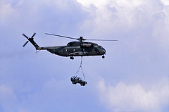 Berlin SXF ILA 1992 Bundeswehr Heer CH-53  84+10 Vorflug (rieblinga) Tags: wolf berlin schönefeld sxf ila 1992 bundeswehr heer ch53 hubschrauber mercedes g analog canon eos 100 revue dia e6