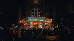 Ed's (1987-2019) (Panda1339) Tags: thegreat50mmproject 50mm london ldn eds streetphotography cinematic soho uk light