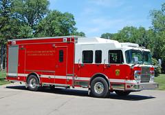 Cincinnati OH   Engine 14B (kyfireenginephoto) Tags: eone truck ohio ems cincinnati eod bomb emergency one hamilton county 2005 hazardous robot spartan engine cfd explosive fire