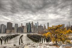 Manhattan Skyline (gutooo) Tags: supershot clouds hdr canon5d 24mm canoneos5dmarkii usa nyc newyork wtc brooklyn city tower sun sunrise cloud outdoor sky sunset pier bigapple urban postcard newyorkinwinter