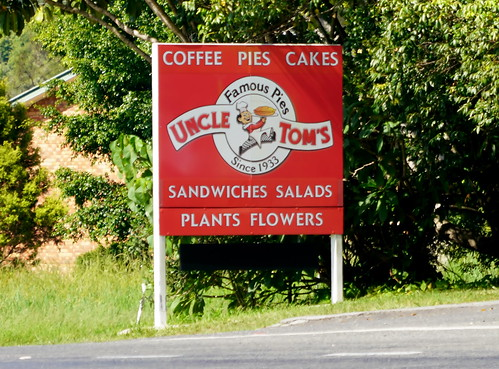 Uncle Tom's Pies (3)