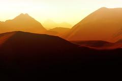 Desde Betzula (arbioi) Tags: amanecer belagua larrau betzula canon eos40d euskalherria salazar france francia gr11 irati iraty anie añelarra auñamendi paisaje calido montaña montañas navarra nafarroa naturaleza pirineo pyrenees pirineos pyrenee pyrennee roncal otsogorrigaina barazea mintxate sardekagaina uztarroz