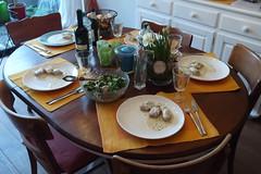 Schweinefilet mit Ziegenkäse in Sahnesoße zu Salat und Baguette (Tischbild) (multipel_bleiben) Tags: essen zugastbeifreunden schweinefleisch sose salat baguette