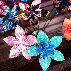 Flowers (anuradhadeacon-varma) Tags: flowergifts origamiduopaper paperfolding papercrafts origamiflowers origami