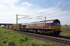 66089 (Martin's Online Photography) Tags: train locomotive loco freighttrans rail railway ews class66 daventry grangemouth nikon nikond7200 freight transport