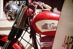 TJ's ride. (Eric Flexyourhead) Tags: vancouver canada britishcolumbia bc chinatown columbiastreet theshop city urban detail fragment motorcycle motorbike bike american harleydavidson harley hog vintage classic old retro shallowdepthoffield sonyalphaa7 zeisssonnartfe35mmf28za zeiss 35mmf28
