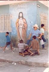 17 (José Manuel Valenzuela) Tags: graffiti identidad cultura cholos