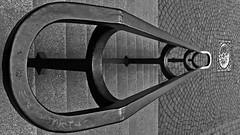 Escalier Intra-Muros   . . . (Daniel.35690) Tags: escalier saintmalo 2019 noirblanc intramuros maincourante lisse rampedescalier 1mois1thème bretagne