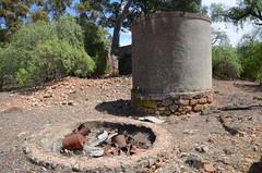 DSC_9683 water tank, abandoned farmhouse, Eichler Road, 2.6km west Punthari, South (johnjennings995) Tags: abandoned derelict farmhouse punthari southaustralia australia tank