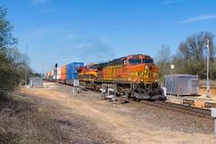 BNSF Milano, TX (jtrainb) Tags: bnsf galvestonsub milano qchirob614 railroads signal texas spring