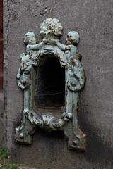 Stadsornament (Cheetah_flicks) Tags: plaatsen beeldendekunst regentstraat belgië streetart stadsornamenten antwerpen europa antwerp belgium europe graffiti