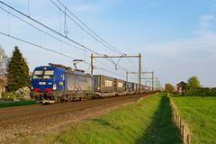 BLS/HUPAC 193 497 + Novara shuttle, Horst-Sevenum, 31-03-2019 (Justin van Kempen) Tags: vectron siemens bls hupac novara samskip horst sevenum