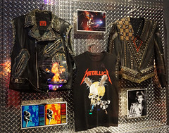 Dizzy Reed of Guns N'Roses Vest, Jason Newstet of Metallica Shirt, Glenn Tipton of Judas Priest Jacket - Roll and Roll Hall of Fame, Cleveland (SomePhotosTakenByMe) Tags: dizzyreed reed gunsnroses vest weste jasonnewstet newstet jacket jacke metallica shirt tshirt glenntipton tipton judaspriest urlaub vacation holiday america amerika usa unitedstates cleveland stadt city innenstadt downtown rockandrollhalloffame museum ausstellung exhibition halloffame indoor memorabilia memorabilien