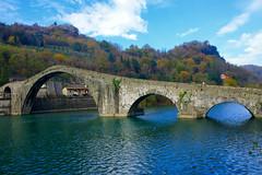 Ponte del diavolo o della Maddalena (Darea62) Tags: bridge architecture river ancient landscape mediavalle borgoamozzano tuscany toscana italy serchio hill